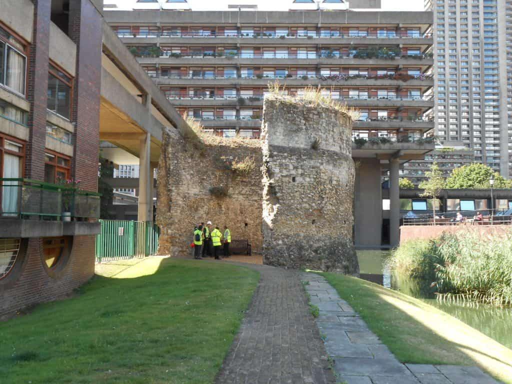 bastions and bricks roman london walking tour with