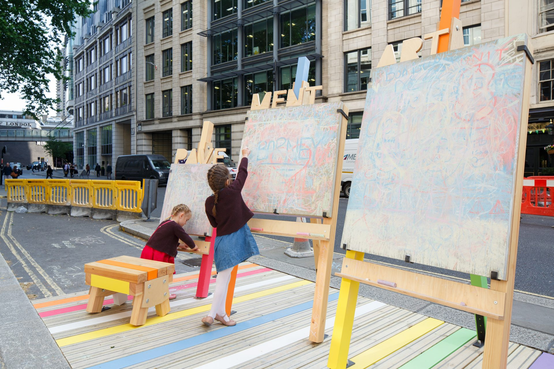 A public space fit for a festival – City Parklets revealed for LFA